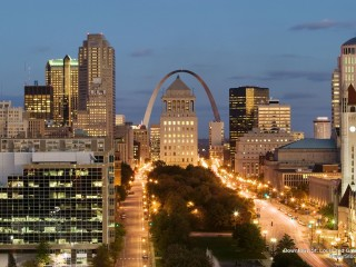 Downtown St. Louis and Gateway Arch, Missouri