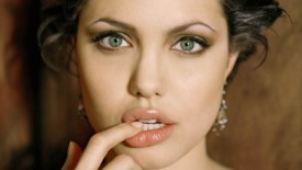 Angelina Jolie Close-up