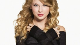 Taylor Swift Brown Hair Wallpaper