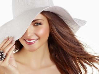 White Hat And Diamond Ring Wallpaper